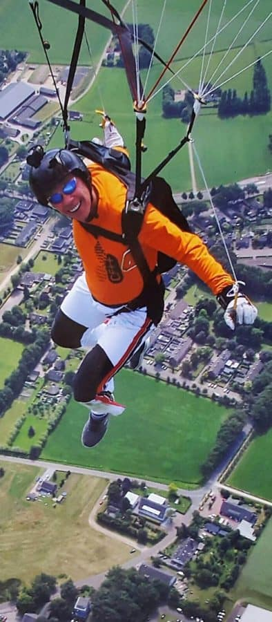Tom Brand: fun after a successful CF-JUMP over Teuge