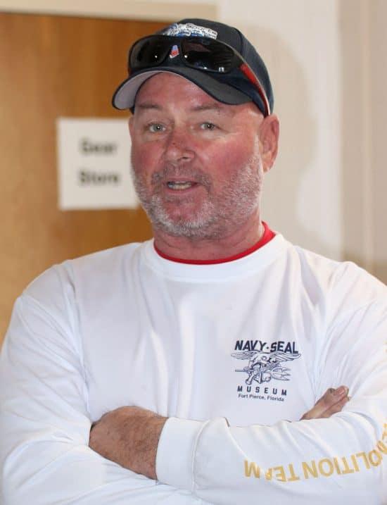 Team-Leader of the Airsports Parashute Team in Florida: Bob Edmiston